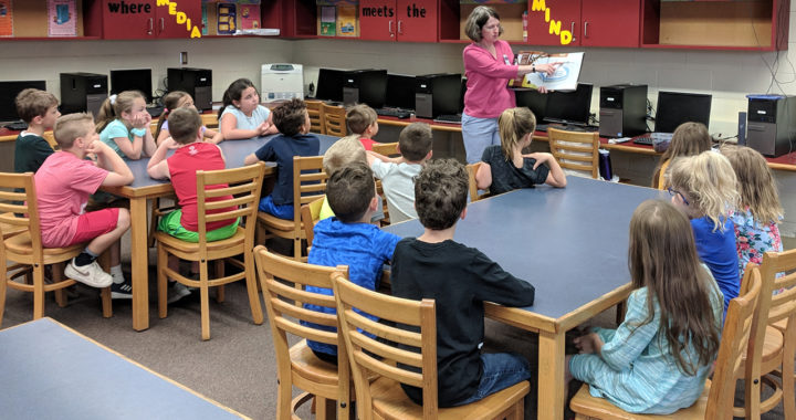 Students learn about Summer Reading Program